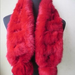 Accessories - 🍾🎉❤️HP Red Genuine Whole Rabbit Fur Scarf❤️🎉