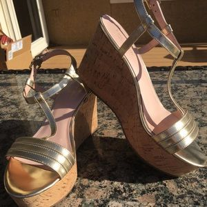 e72160c902c kate spade Shoes - Kate Spade New York Tallin gold wedge size 8