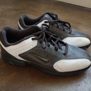 Nike golf shoes cleats