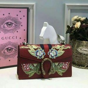 Gucci Red Floral Shoulder Bag