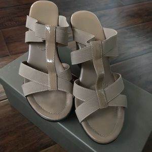 Charles David wedge heeled sandals size 8