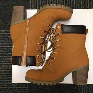 XOXO Heeled booties