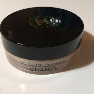 Bronzing loose powder Chanel