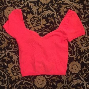 Stretchy Bebe crop top