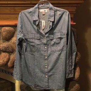 """Old Navy """"boyfriend"""" button up shirt Sz M"""