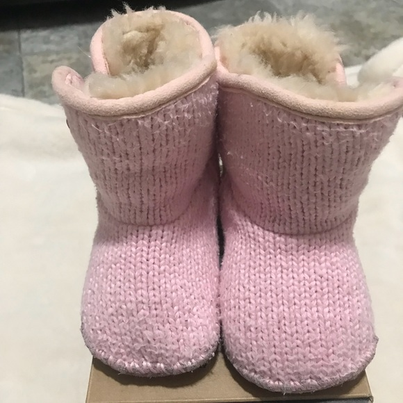 d414f5c523d Infant UGG shoes size 2/3