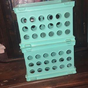 2 Stacking Crates