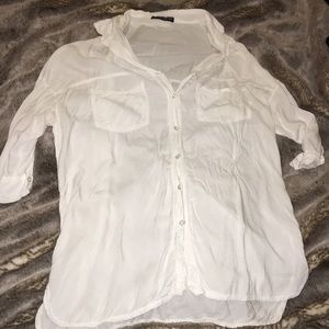 Brandy Melville White 3/4 Sleeved Button Down