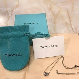 Tiffany & Co Elsa Peretti bean necklace silver
