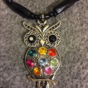 Vintage Boutique Owl gemstone necklace