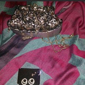 SALE***Vintage purse/used once