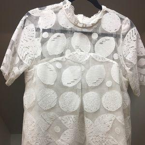 Lemmon lace top