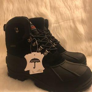 New men's waterproof boot many sizes
