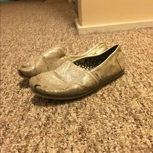 Size 7 silver sparkly toms