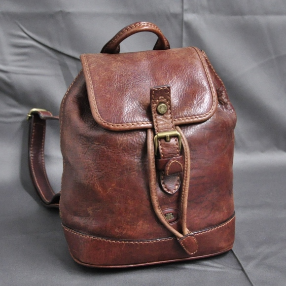 bb0ab7499d59 THE BRIDGE chestnut leather backpack rucksack. M 5a18dc27713fdeb20009c320