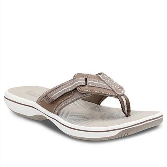 9e91a7112a6d Women s Clark Sandal size 9 New in Box