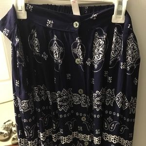 Blue skirt with white pattern
