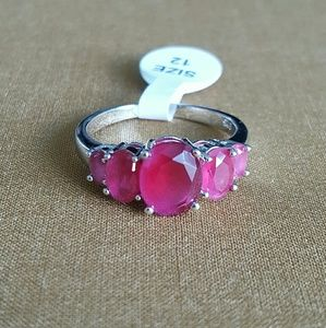 Five Pieces Ruby Stone Ring