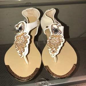 SALE BN Peacock jeweled sandals. Size 8