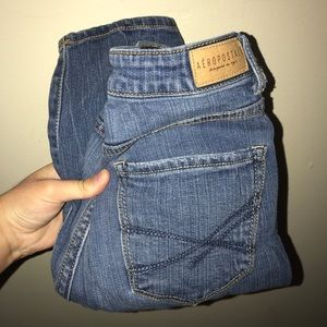 Aeropostale Medium Wash Distressed HW Jegging