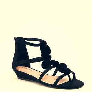 Torrid New with Tags Black Pom Pom Sandals ❤️