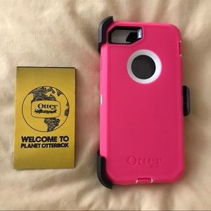 Pink/White Apple iPhone 7 Otterbox Commuter Case