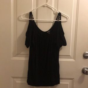 Guess cold shoulder black short sleeve shirt