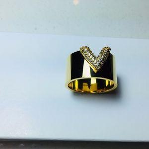 Ring Louis Vuitton Size 9