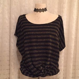 Anthro Party Black & Gold Top ✨✨✨✨