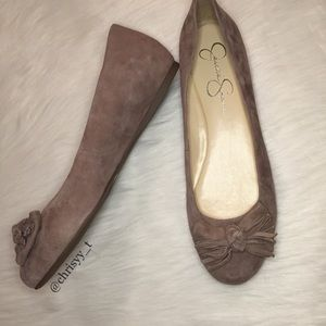 Black Friday Sale❗️Jessica Simpson taupe flats
