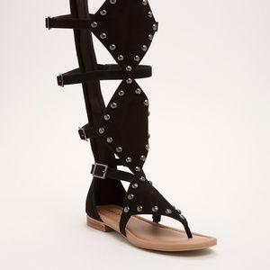 Gladiator Diamond Studded 7W NWT Sandals