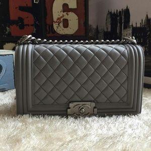 Discount Brand New handbags bags read descriptions