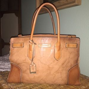 Frye Michelle Large Work Laptop Tote Bag In Camel