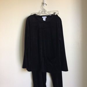 Black Velour Plus Size Pantset (The Paragon) EUC