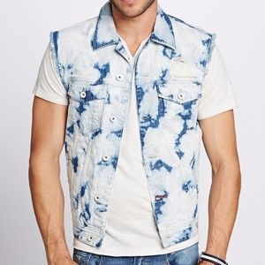 New GUESS Cutoff Denim Vest in Marble Wash