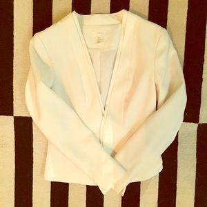 ‼️H&M white blazer - size 8 US ‼️