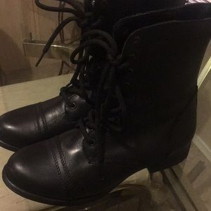 Steve Madden Combat Boots size 9