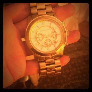 Michael kor watch