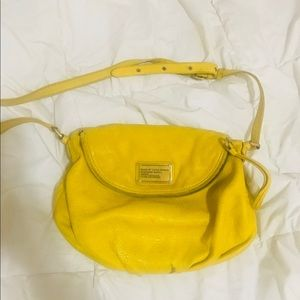Marc by Marc Jacobs Classic Q Natasha in yellow-