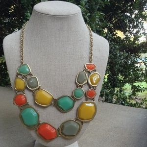 Jewelry - Like new! Multi colored 2 row bib necklace
