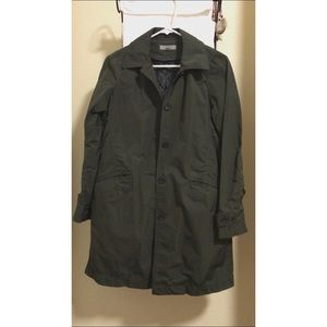 Uniqlo XS Military Green Rain Jacket