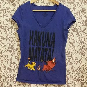blue ladies lion king v-neck - hakuna matata!
