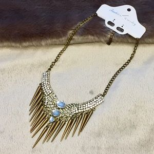 NWT Edgy Glam Statement Necklace