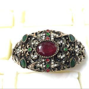 Antique Gold Designer Oval Rhinestone Bracelet