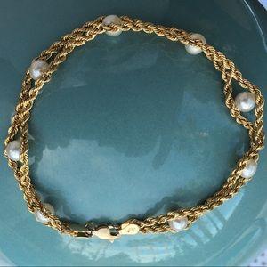 10K gold and cultured pearl bracelet