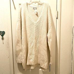 Ava & Viv ivory V-Neck Sweater