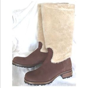 UGG Chestnut Brown Sheepskin Tall Boot Shoes 7