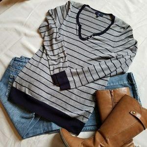 GAP Sweater sz M