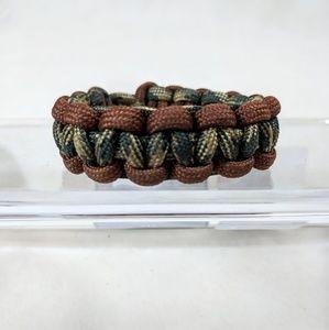 Cobra-Weave Paracord Bracelet