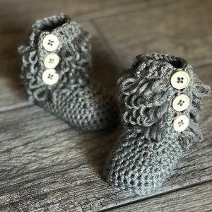 Baby crochet ugg boots